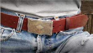 cinturon cuero artesano para hombre Popelin Barcelona .jpg