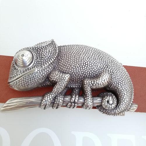 Cinturó amb sivella Camaleó Fet a mà. Cuir 100%. Disseny contemporani. Regal per a dona. Popelin, Barcelona