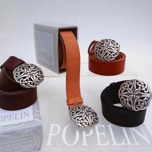 Cinturó de cuir amb sivella Celtic. Disseny. Popelin Barcelona