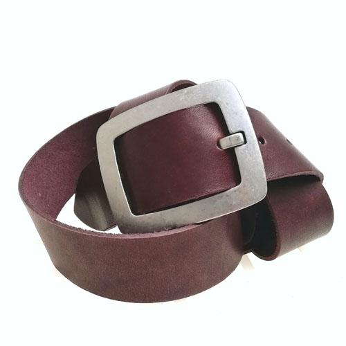 Cinturó de pell amb sivella metàl·lica City. Fet a Catalunya. Popelin Barcelona