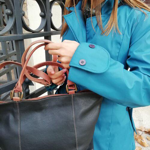 bossa-cuir-bandolera-practic-bonic-disseny-catala-popelin-barcelona.jpg