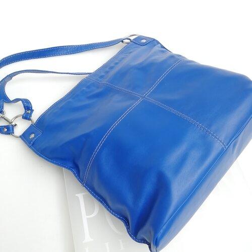 bossa cuir gran bandolera disseny catala popelin barcelona