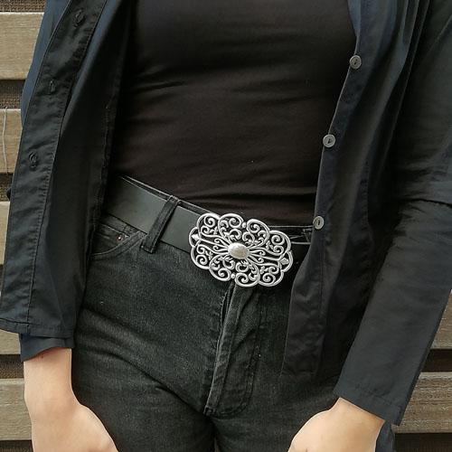 cinturó de cuir amb sivella metàl·lica. Forja. per a dona. Popelin Barcelona