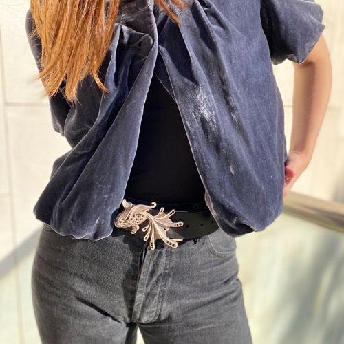 cinturó de pell i sivella Aqua amb bany de plata i cristalls Swarovsky. Popelin Barcelona
