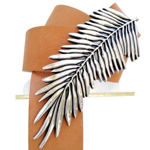 cinturon cuero artesano hebilla Helecho Popelin Barcelona