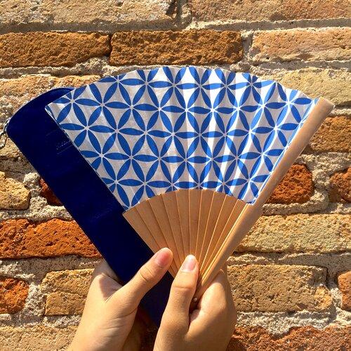 abanico especial moda estampado flor vida azul Popelin Barcelona