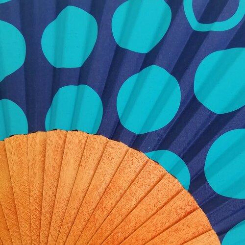 ventall estampat topos blau diseny moda popelin barcelona