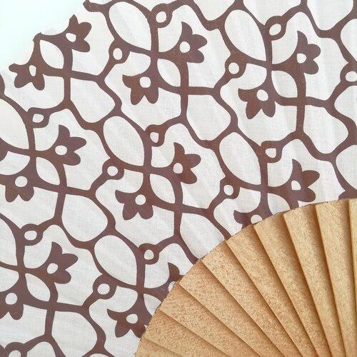abanico jujol artesano estampado popelin barcelona espana